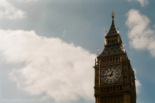 El Big Ben en el cielo