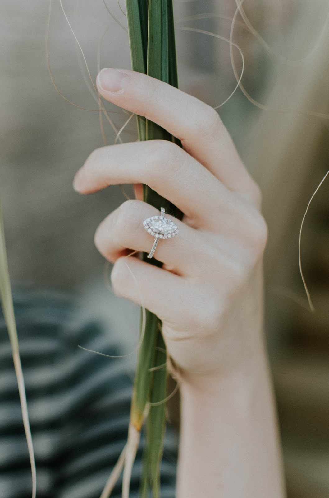 The-Do's-and-Don'ts-of-Caring-For-Your-White-Gold-Engagement-Ring