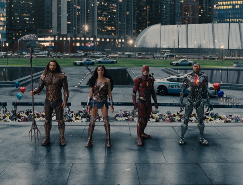 Justice League, DC Comics, Wonder Woman, Batman, Aquaman, The Flash, Cyborg, Steppenwolf, superhero, Warner Bros., Lois Lane, GSC Cinema, GSC Media Night, Rawlins GLAM, Rawlins wins Best Dressed,
