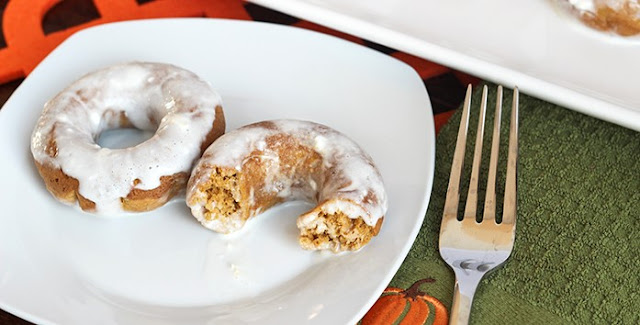 Skinny Cream Cheese Glazed Pumpkin Doughnuts
