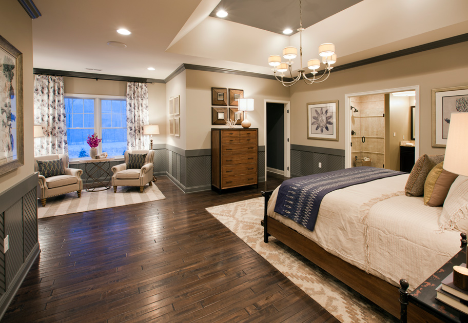Decorate a Large Bedroom Sitting Room