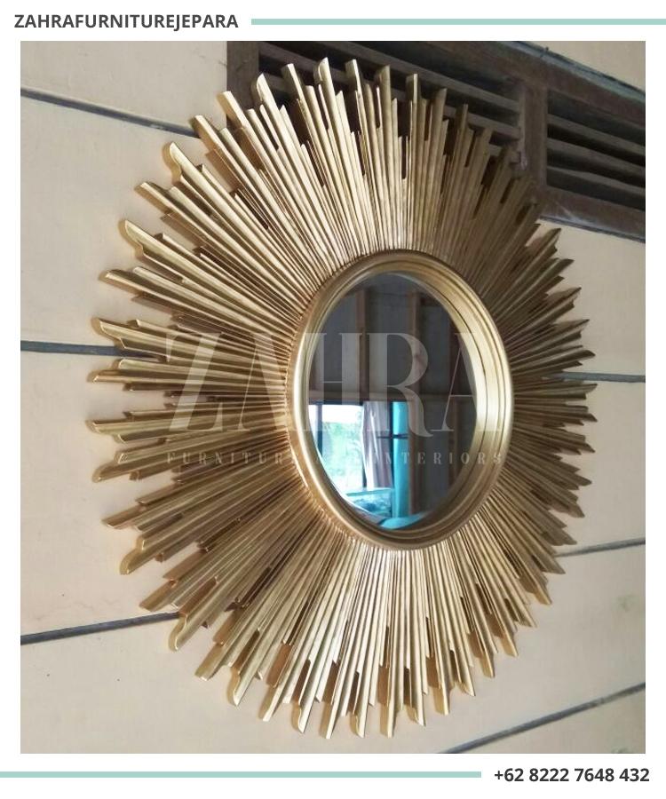 Kisaran Harga cermin hias ornamen baik Cermin Rias Gantung Dinding  (Hanging) atau Cermin Lantai Berdiri (Standing) berguna sebagai patokan  jika anda ingin ... ba107c805e