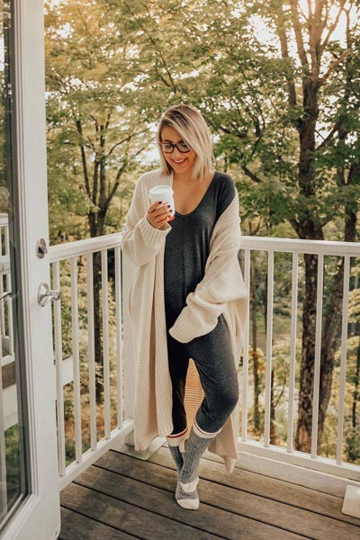 17 Fall Outfit Inspo That Will Make You Love This Season   Tularosa Ribbed Cardigan