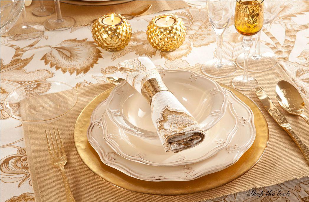 BAL DE NAVIDAD Ideas doradas para decorar la Mesa de