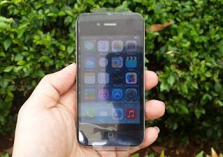 Hape iPhone 4 16GB Seken Mulus Murah