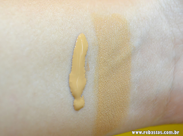 Swatch Base Studio Fix Fluid - MAC