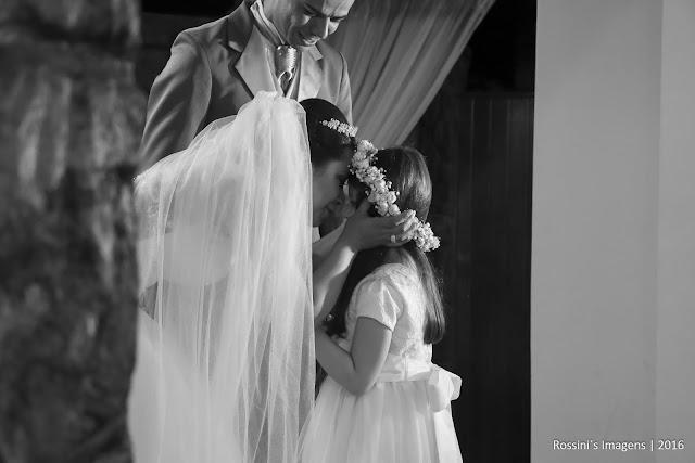 casamento elaine e jeferson, casamento jeferson e elaine, casamento elaine e jeferson na chácara encanto das águas - suzano - sp, casamento jeferson e elaine na chácara encanto das águas - suzano - sp, casamento jeferson e elaine em suzano - sp, casamento elaine e jeferson em suzano - sp, festa de casamento elaine e jeferson na chácara encanto das águas em suzano - sp, fotografo de casamento em suzano - sp, fotografo de casamento em encanto das aguas - suzano - sp, fotografo de casamento em chácara, fotografo de casamento em encanto das aguas, fotografo de casamento em dia de noiva, fotografo de casamento em são paulo, fotografia de casamento em suzano - sp, fotografia de casamento em encanto das aguas - sp, fotografia de casamento em chácara, fotografias de casamento na chácara encanto das aguas, fotografia de casamento em suzano - sp, fotografia de casamento na chácara - sp, fotografo de casamentos suzano, fotografo de casamentos em suzano - sp, fotografia de casamento em são paulo, fotografias de casamentos na zona leste, fotografo de casamentos, fotografo de casamento, sonho de casamento, fotógrafos de casamentos em chácara encanto das águas - rossini's imagens, bem casados ana cristina bem casados, traje do noivo la lunna, dia de noiva, mk studio, noiva de branco, vestido da noiva branco, sapato da noiva durval calçados, vestido de noiva ateliê das noivas, vestido de noiva, orquestra maldonado, orquestra edson maldonado, decoração encanto das águas, buquê celina flores, buffet encanto das aguas, assessoria camila, local chácara encanto das aguas, fotografia rossinis imagens, filmagem rossinis imagens, video rossinis imagens, lembranças sylvia scrap, papelaria sylvia sylveira, casamentos, casamento, casamentos em suzano, espaço para casamento em suzano - chácara encanto das aguas,  fotos criativas de casamento, casamento realizado em 09-12-2016, http://www.rossinisimagens.com.br, filmagem de casamento em suzano - sp, vídeo de casamento em chácara encanto das águ