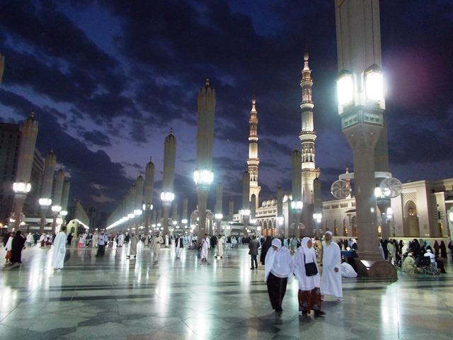 Catatan Kecil Dari Lebanon Catatan Ke 33 Ibadah Di Mesjid Nabawi