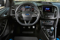 Ford Focus RS with Ford Performance Option Pack (2017) Dashboard