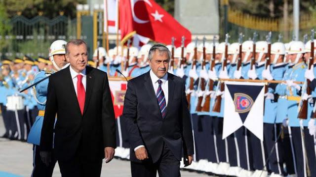 Αφού το απαιτούν ο Ερντογάν και ο Ακιντζί να καταργήσουμε και την επέτειο της 25ης Μαρτίου…