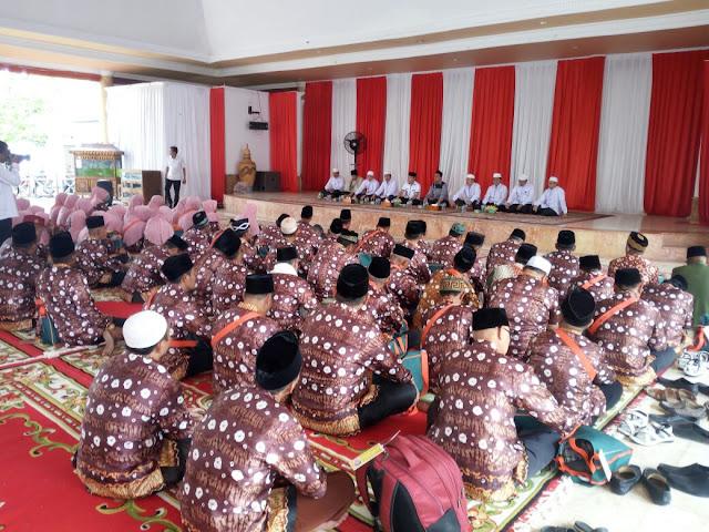 Bupati OKI Lepas Keberangkatan Jamaah Haji Asal