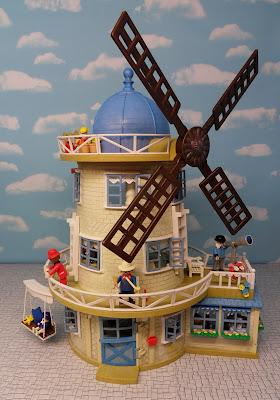 http://emma-j1066.blogspot.com/2015/04/windmill-house.html