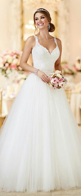 Lasted tulle wedding Dress