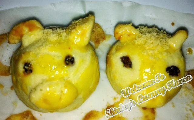 cute little piggies pineapple tarts