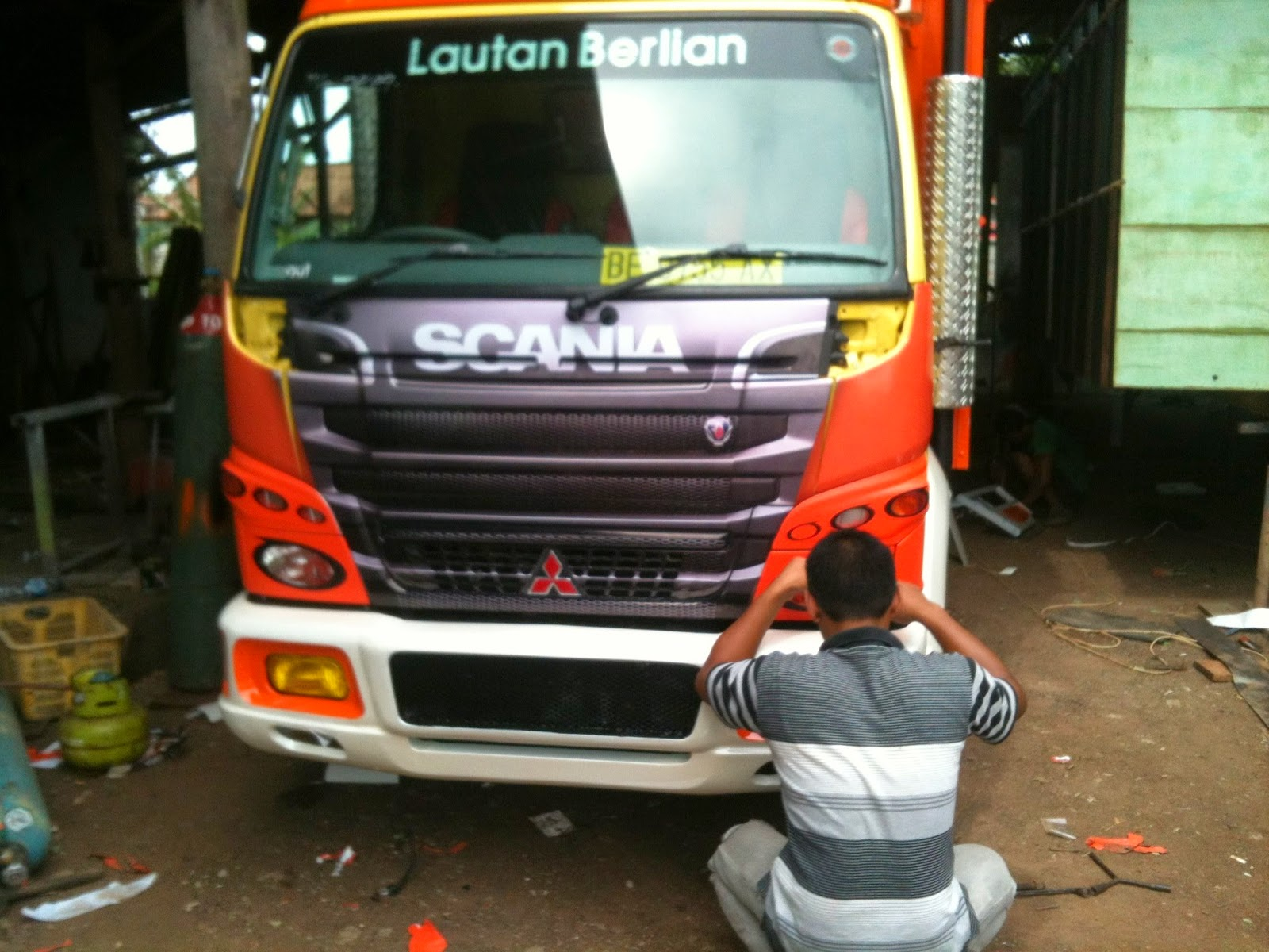 BROWNN EXOTIC: truk full print boim trans & cutting ...