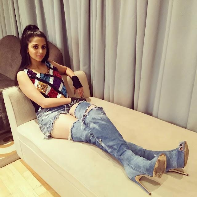 Actress Vedhika Hot Stills 2017