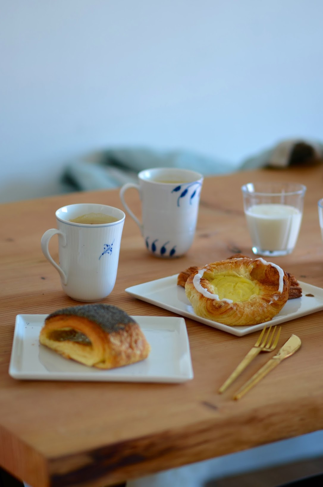 Copenhagen breakfast, what to eat for breakfast in Copenhagen, Meyers Bageri danish, Tebirkes