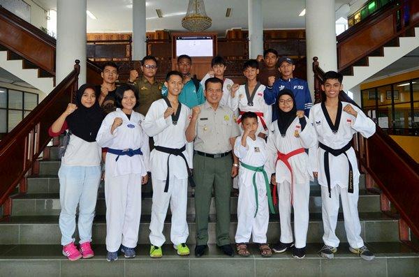 Taekwondoin Pariaman Dulang 15 Medali di Walikota Cup Sijunjung