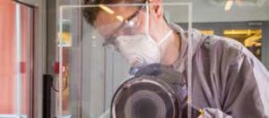 Solución para pulir cristal rayado