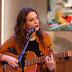 """[VÍDEO] Luísa Sobral canta """"Dois Namorados"""" no 'O Programa da Cristina'"""