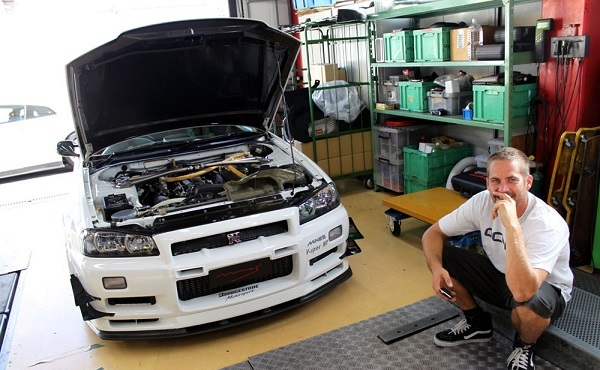 Mine's Nissan Skyline GT-R R34 V-Spec N1 Paul Walker