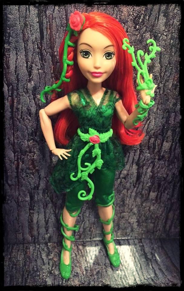 ¡DC Super Hero Girls Blog!: Fotos Caseras de las muñecas