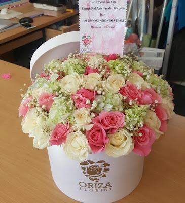 toko hand bouquet di surabaya, jual hand bouquet wedding surabaya, jual bunga hand bouquet surabaya