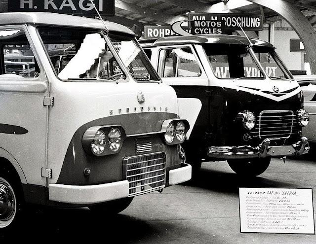 """1960-е годы. RAF """"Sprīdītis"""", RAF - 977 """"Latvija"""" (I), starptautiska autosalona eksponāti"""