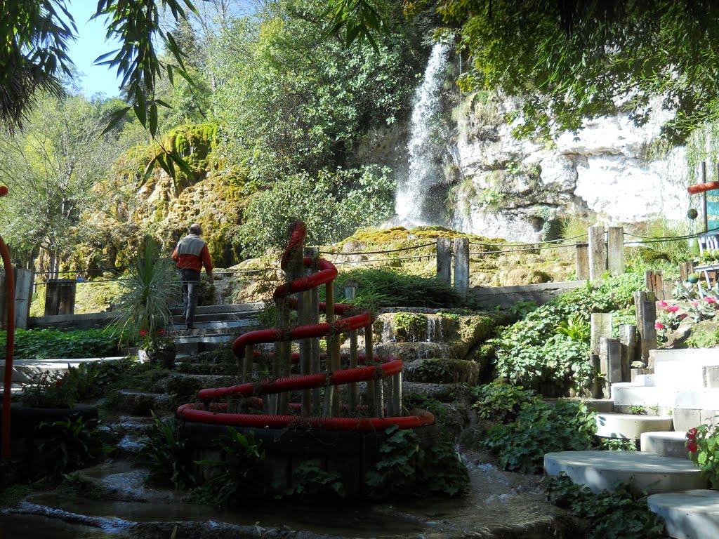 Ecole cheval paysage visites au jardin des fontaines - Le jardin des fontaines petrifiantes ...