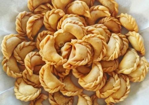 Ingin membuat kue pastel kering isi abon? berikut resep dan cara membuatnya