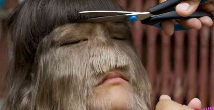 The most hairy girl in the world decides to shave her face