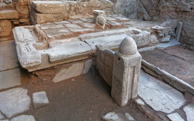 Fourth-century fountain unearthed during construction of Thessaloniki metro to return to public view