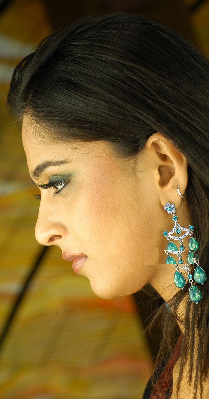 Anushka shetty anushka shetty hot stills pictures beautiful pictures - Anushka Shetty Hot Face Close Up Photos