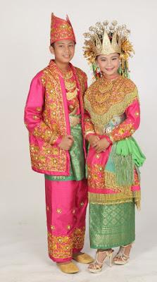Provinsi Jambi - Pakaian Adat Tradisional Melayu Jambi