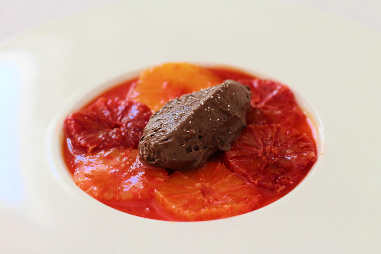 Blutorangen mariniert im eigenen Sirup, Mousse au Chocolat nach Wolfram Siebeck | Arthurs Tochter kocht von Astrid Paul. Der Blog für Food, Wine, Travel & Love