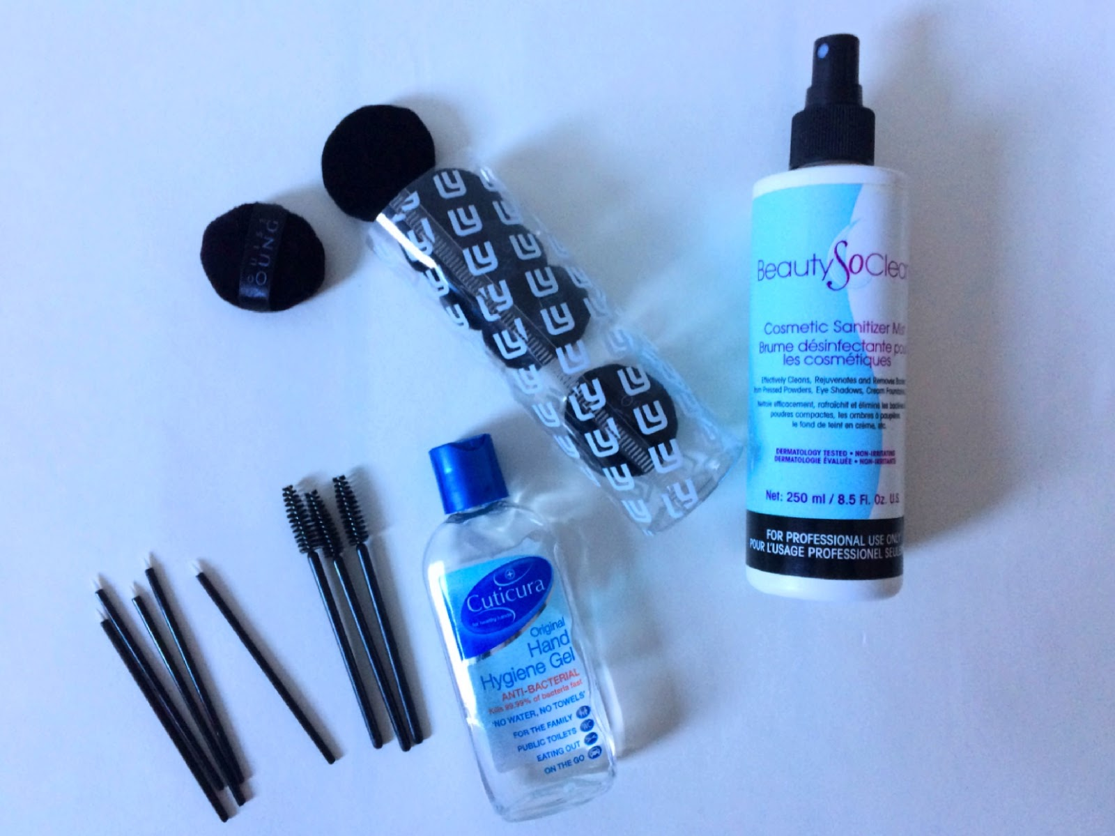 Make-up kit hygiene essentials