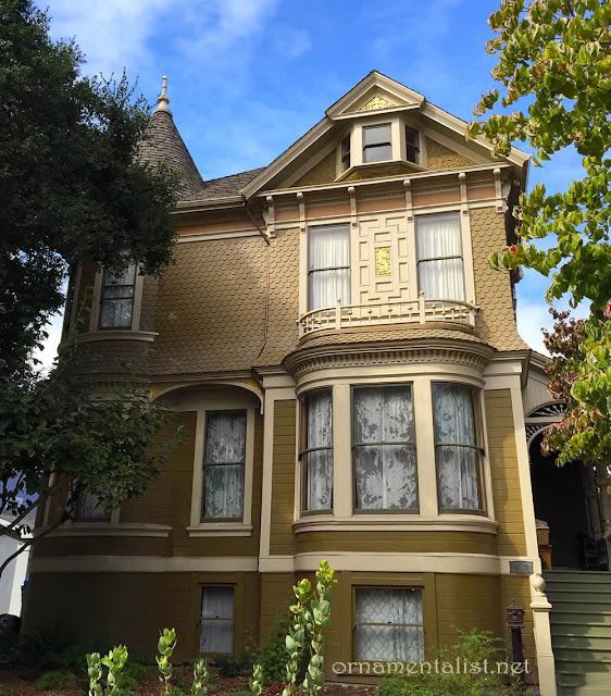 Victorian exterior window trim joy studio design gallery for Victorian house trim
