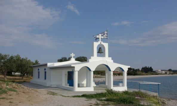 Για δεύτερο χρόνο μένει κλειδωμένο το εκκλησάκι της Παναγίας στη Βερβερόντα
