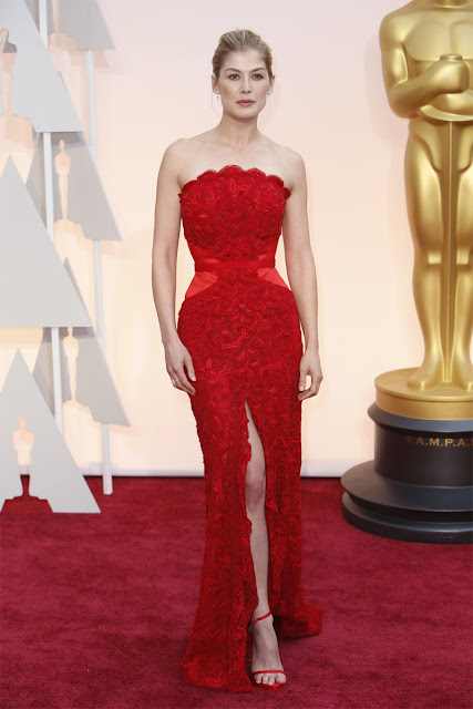 Rosamund Pike in Givenchy for Oscars Academy Awards 2015