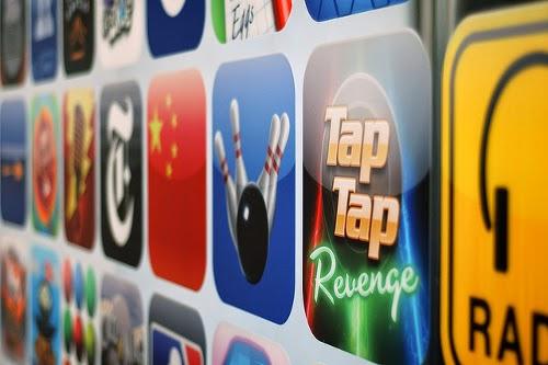 Apps können den Smartphone-Akku strapazieren.