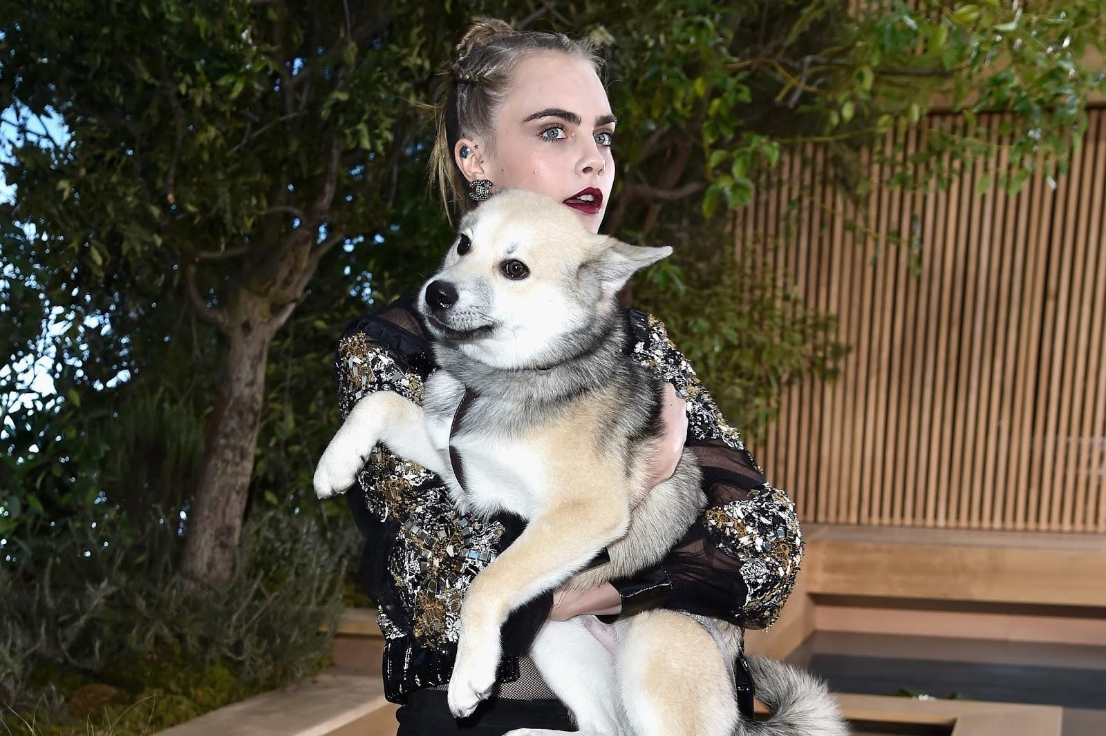 cara-delevingne-chanel-show-dog-leo