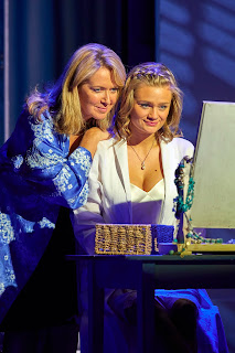 Helen Hobson (Donna Sheridan) and Lucy May Barker (Sophie Sheridan) in MAMMA MIA! UK Tour 2017 Photo by Brinkhoff M+Âgenburg