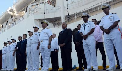 Resultado de imagen para Arriba a puerto SD buque hospital chino