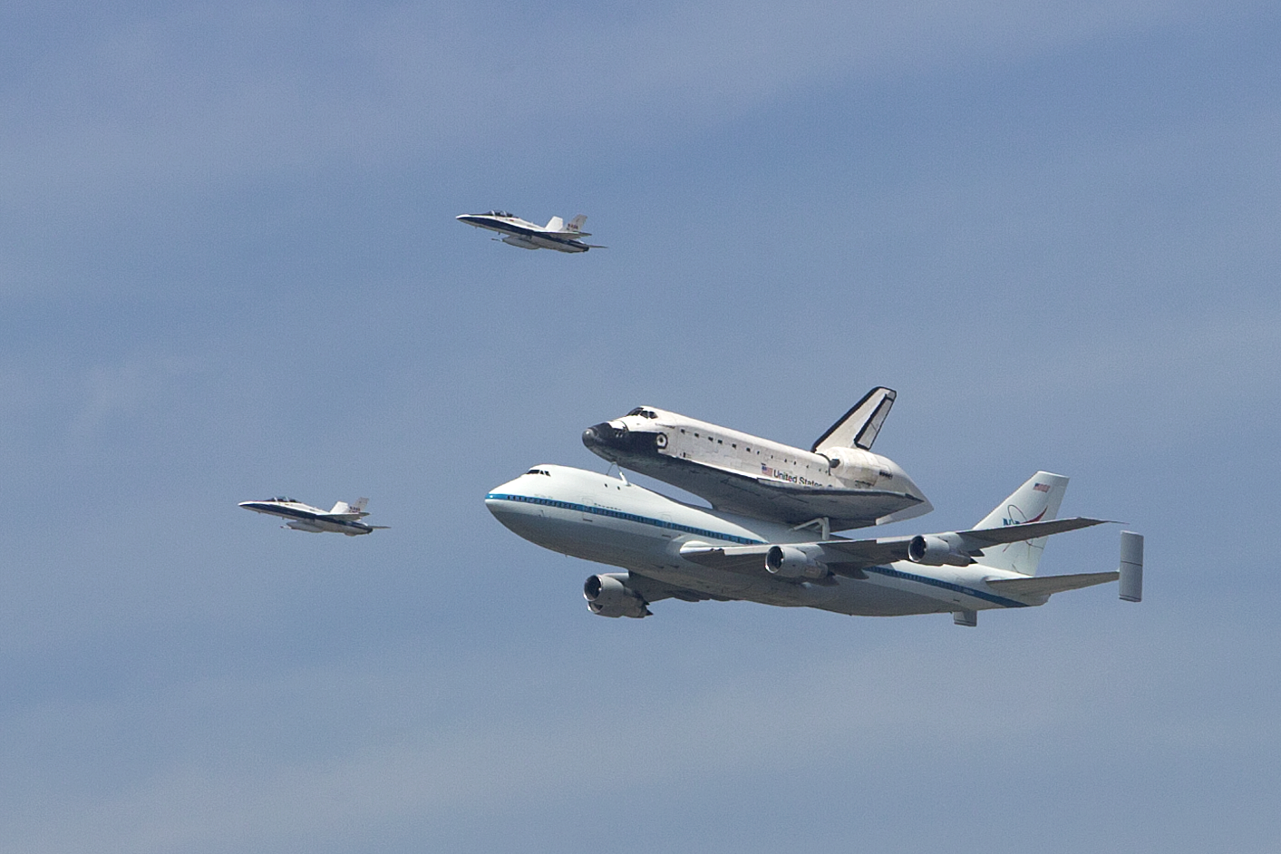 space shuttle flying - photo #15