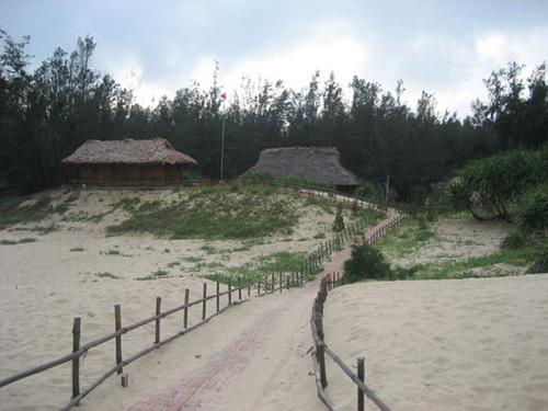 Phong cảnh ở đảo Quan Lạn và Minh Châu