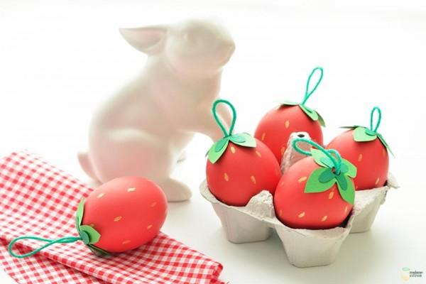 DIY πασχαλινά αυγά φράουλες