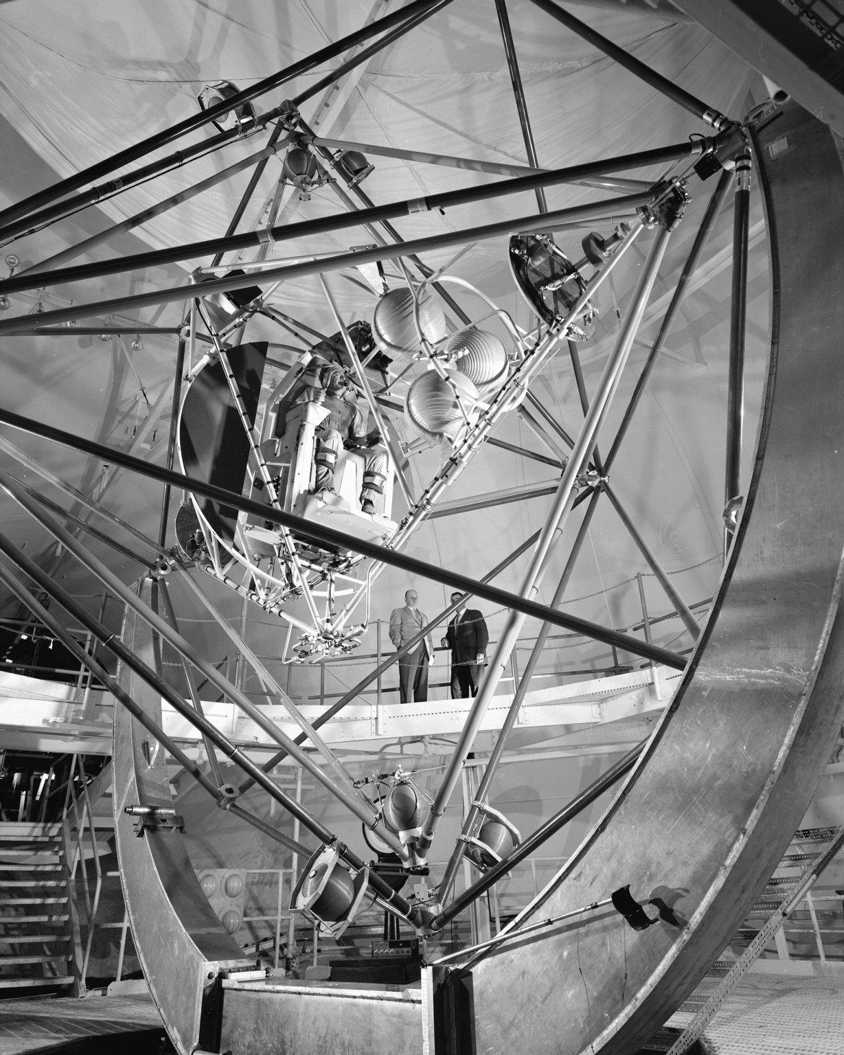 spacecraft yaw - photo #43