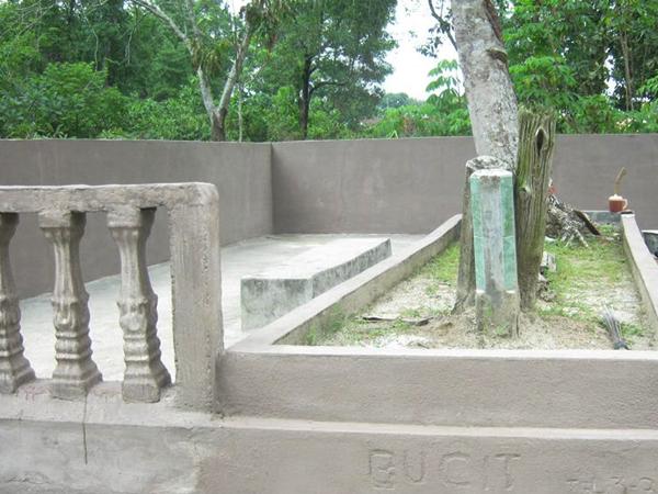 Makam Puyang Bucit Di Paku Kayuagung