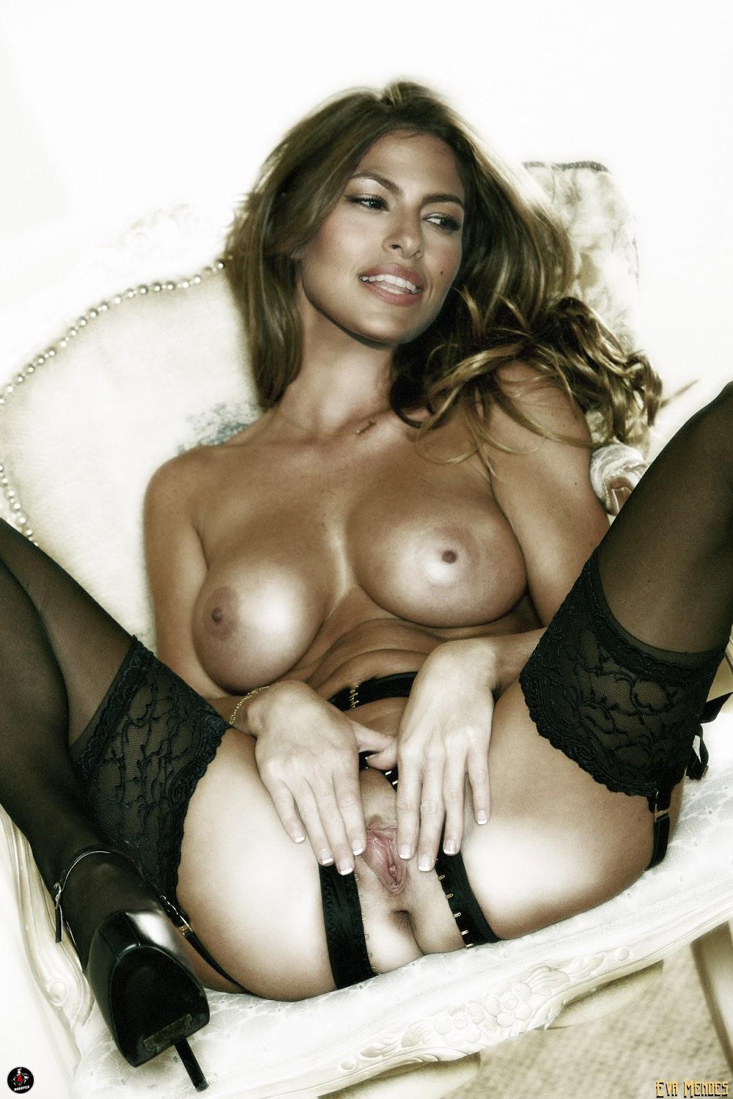eva mendes showing boobs
