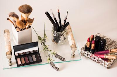 Como organizar produtos de maquiagem